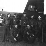 Bagerst række fra venstre til højre: Rob Vance, Don Smith, Charles Parish, Jack Lees, Jim Marshall. Forrest række: Louie Krulicki, Charlie Farley