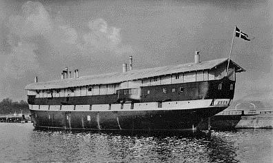 Kaserneskibet FYEN (Orlogsmuseet)