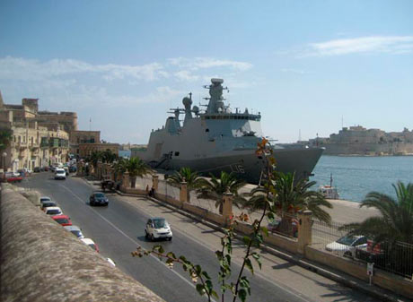 Absalon i Valetta på Malta (foto: Søværnet)