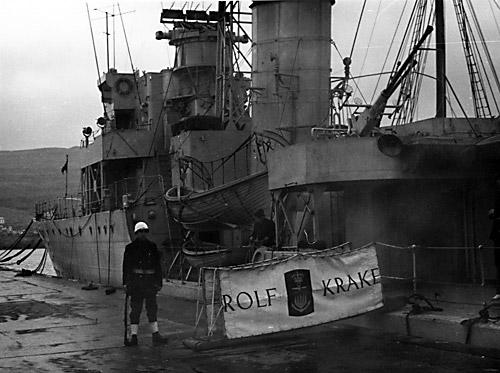 ROLF KRAKE ved kaj (foto: Orlogsmuseet)