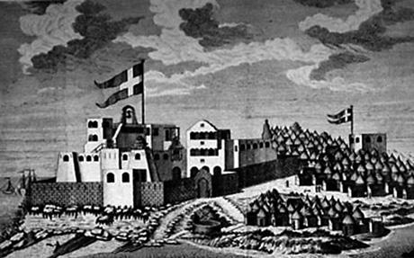 Christiansborg 1750. Tårnet til højre for Christiansborg er vagttårnet Prøvestenen bygget i 1729. Landsbyen til højre er Orsu. (University of Virginia)