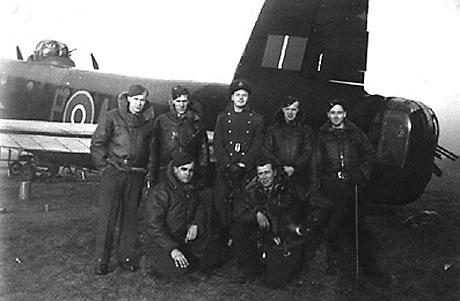 Back row left to right: Rob Vance, Don Smith, Charles Parish, Jack Lees, Jim Marshall. Front row: Louie Krulicki, Charlie Farley