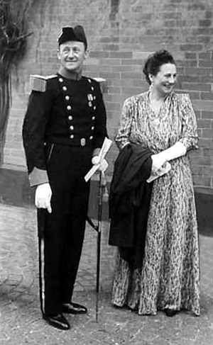Vilhelm Carl Tuxen og frue Irma Tuxen fotograferet i 1946.