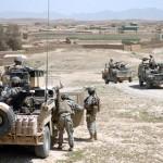 Armerikanske og britiske tropper i Sangin dalen i Helman provinsen i Afghanistan 2007 (wikipedia)