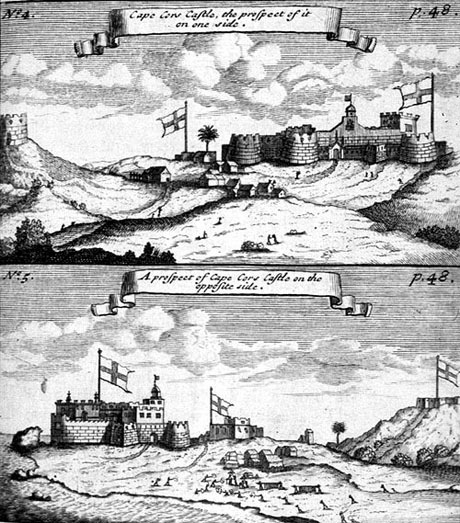 Ovenfor ses Cape Coast Castle (tidligere Carlsborg) fra landsiden og (nederst) søsiden. (University of Virginia Library)