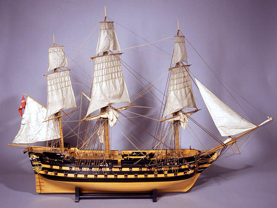 Orlogsmuseets model af linieskibet Dannebrog. (Orlogsmuseet)