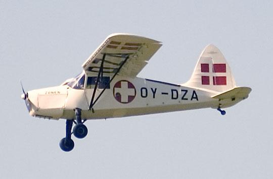Civil KZ III. OY-DZA var et af de fire fly som Zonen brugte til ambulance flyvninger. (foto: Gert Laursen)