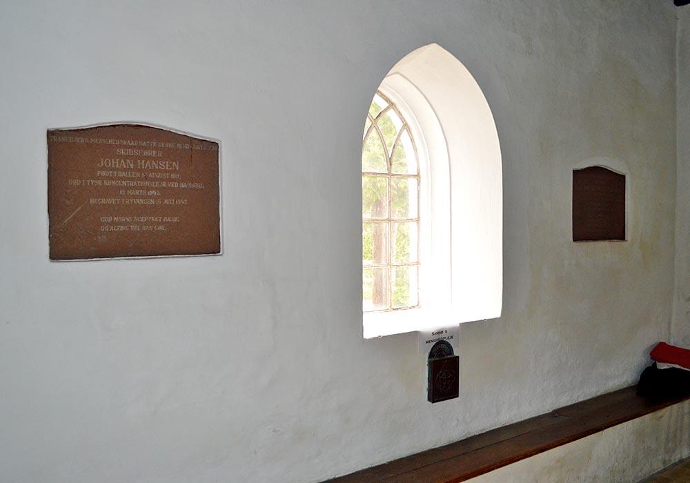 Mindetavler i Tranebjerg Kirke på Samsø