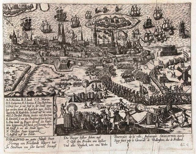 Belejringen af Stralsund, 1628, af Franz Hogenberg (ca.) 1630. Angrebet stod på i mere end 10 uger fra midt maj til starten af august 1628. Den succesrige feltherre Albrecht Wallenstein, der kæmpede for den strengt katolske tysk-romerske kejser Ferdinand II, måtte for en gangs skyld give fortabt til en højst usædvanlig kombineret dansk-svensk og skotsk styrke (Wikipedia)