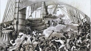 Kapere sværmer ombord et skib. Billede af Ambroise Louis Garneray (Wikipedia) af franske kapere, korsarere, fra skibet Hazard, der i 1796 i indiske farvande angreb og overtog Triton, et skib fra Britisk Østindisk Kompagni.