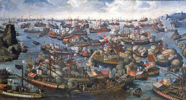 Republikken Venedig og Osmannerriget bekrigede hinanden hele 7 gange i løbet af lidt mere end 300 år. Ovenfor; søslaget ved Lepanto i 1571 (Wikipedia) foregik under den 4. venetiansk-osmanniske krig, også kendt som Krigen om Cypern. Cort Adeler deltog i den 5. krig, kendt som Krigen om Candia (Kreta) i årene 1645-60 på venetiansk side.